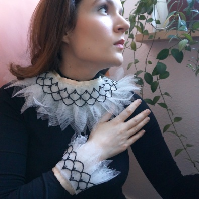 DIY Ruff and Cuffs Tutorial